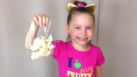 国外小女孩仿妆小马宝莉,自己动手制作的小裙子,一样很漂亮!