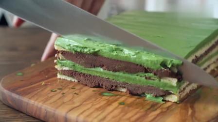 抹茶切块慕斯蛋糕,好精致啊,切开后口水都流下来了!