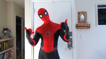 蜘蛛侠的变装体验,超级炫酷造型!