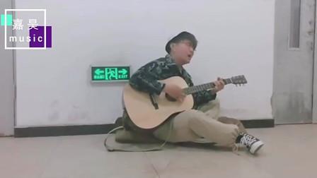 李汶阳动情演唱,网友:你这一听就有故事啊!