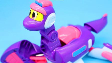 帮帮龙出动蛇颈龙伯雷奥 传说中的龙王发声变形玩具