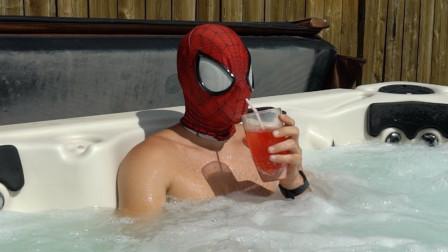 现实生活中的蜘蛛侠,在休假时间还不忘锻炼自己