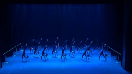 北京舞蹈学院附中中专学生结业汇报,这样的基本功只有北舞才有!