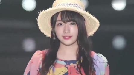 东京时尚走秀,后面出场的那位小姐姐,笑起来好甜美