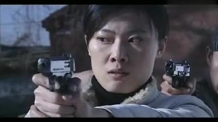 狙击:人让女警扔枪,不料局长绕后出现,歹徒悲剧了