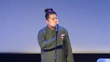 曲艺:相声名家李金斗的徒弟,清口唱光晓彤爷爷的名段,长寿村唱的是真好