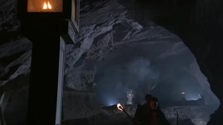 天龙八部:婢子们不敢进入石室,虚竹竟让她们一起进去,真是意外