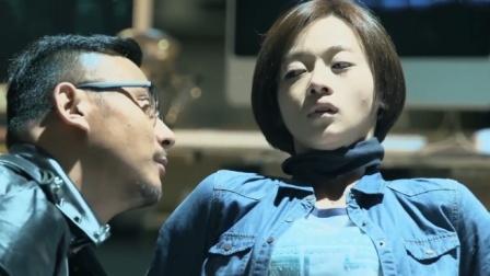 警花被匪徒折磨的不成样子,不料同事看到她后,竟吓的不敢靠近!