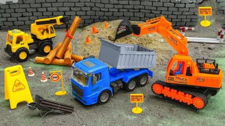 精彩别错过!一起看看工程车是如何互帮互助的吧?趣味玩具故事