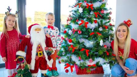 好温馨!你喜欢萌宝小萝莉一家人装扮的圣诞树吗?趣味玩具故事