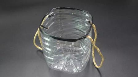 空油桶上穿2根绳子,真是厉害了,解决了很多家庭的烦恼,太棒了