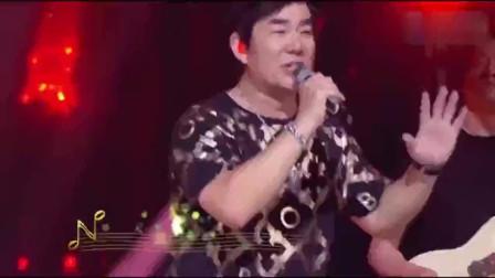 任贤齐多年后再唱《兄弟》,熟悉的音乐响起,台下观众彻底燃了!