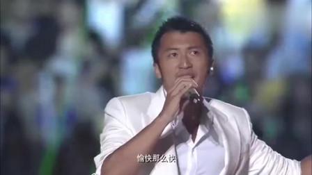 谢霆锋倾力演唱《因为爱所以爱》,这首歌当年真的好火啊