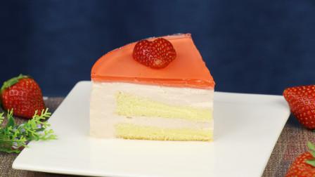 酸甜可口的草莓镜面慕斯蛋糕,教你在家做,简单又方便