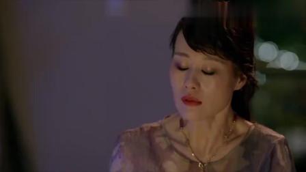 影视:邬君梅被抛弃,差点连车都弃她而去,这一幕好心疼她!