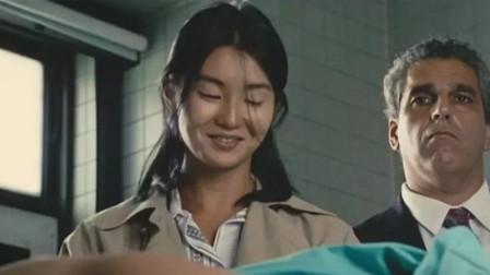 欲哭无泪的电影镜头:张曼玉一微笑拍7次,成龙一跳实属无奈