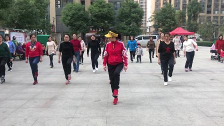 经典鬼步舞基础《奔跑》教学,动作不难,老师慢动作一步一步教