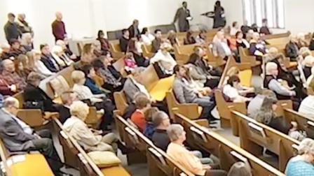 美国得州一教堂发生枪击 枪手被当场击毙