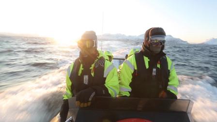 挪威冰天雪地自驾游,小伍化身船长驾船出海,开启极地冒险新旅程