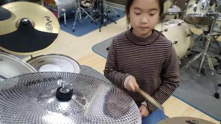 蓬莱架子鼓  《吸 引》  李瑷格  于老师权威架子鼓教学  课堂激情演奏!