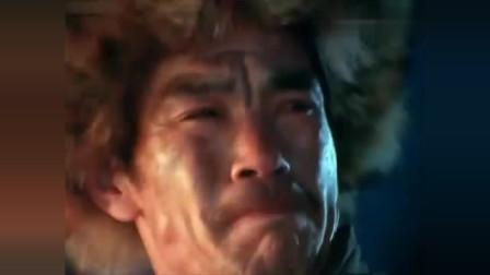 1979年老电影:面对鬼子的进攻,抗联战士在冰水中进行还击!