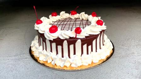 牛人使用小汽车碾压生日蛋糕,真是太减压了,勿模仿!