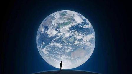 微信启动画面,站在地球上的小人,究竟是谁?说出来很惊讶