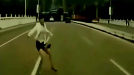 这样的女人必须要曝光,要不是监控,难以置信