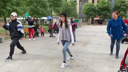 鬼步舞基础步《奔跑》教学,老师慢动作一步一步教,简单好学