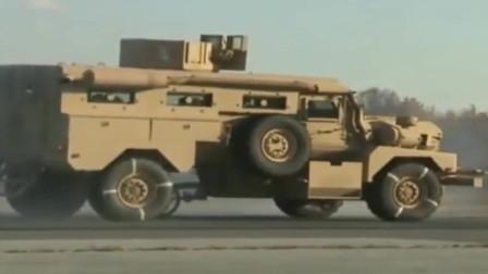 美国军用悍马刹车测试,轮胎自带抖动ABS,轮胎都直接干报废了