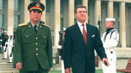 西点军校邀请中国演讲,两三句话,台下就响起雷鸣般掌声