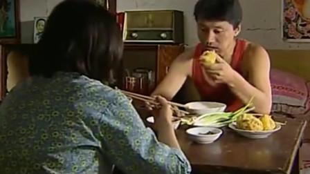暖春:宝柱说要送菜团子给小花爷爷,香草却不乐意了,宝柱为难了