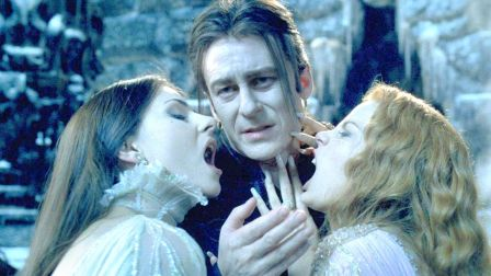 经典魔幻大片,吸血鬼与新娘生下10万宝宝,人类沦为了它们的食物!速看奇幻电影《范海辛》