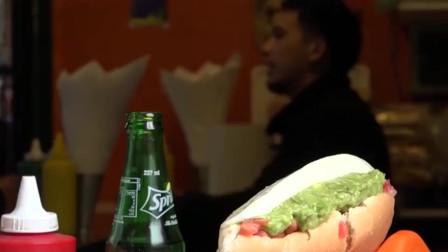 网红小吃:国外街头美食,热狗汉堡,绿色的是芥末吗?