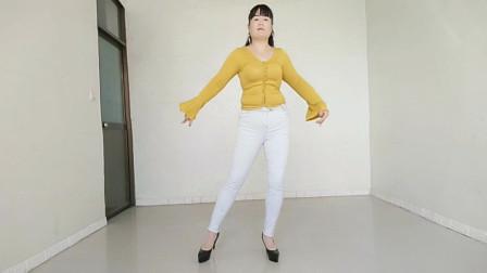 伤感情歌女生版广场舞《一去不回》节奏感强,时尚动感,好看好听
