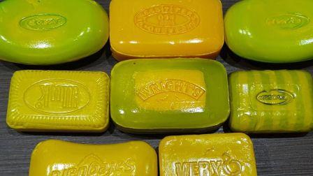 柠檬黄脆皮夹心硬皂,每个夹心都不一样