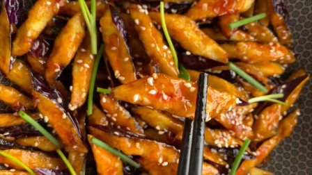 厨师长教你脆皮风味茄子的做法,比吃肉还香,营养又美味
