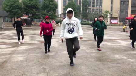 广场鬼步舞进阶版《侧滑》,每天跳3分钟,让你快速瘦身减肥