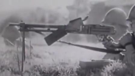 一段侵华日军陆军兵器介绍,实战视频,坦克炮居然是连发