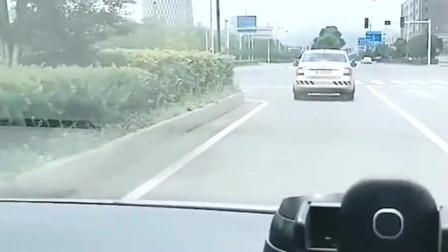 科目三:考试出现这种情况,考官一定会踩你刹车,一定要小心!