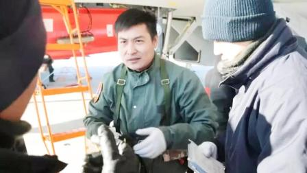 全军挂像英模人物,中国海军飞行战士为保战机,将生命定格29岁