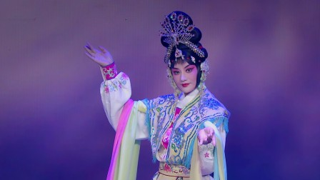 《天女散花》瞿颖化身京剧版维密天使,确定不是仙女下凡?