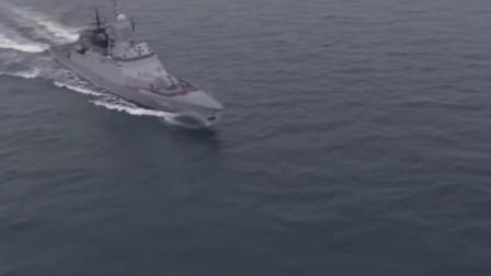 俄罗斯神盾护卫舰发射鱼雷进行攻击,2000吨级的护卫舰拥有强大的攻击力