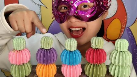 """小姐姐吃手工""""彩色树叶巧克力"""",红橙粉绿果味香,柔滑甜蜜脆"""