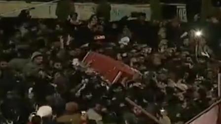 现场!空袭美军驻伊拉克基地后 伊朗重启苏莱曼尼葬礼 哭喊不断