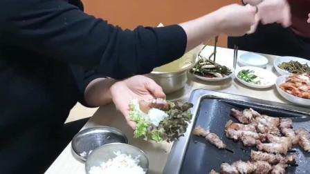 韩国媳妇是泰国人,一家子吃烤五花肉,儿子眼光真好