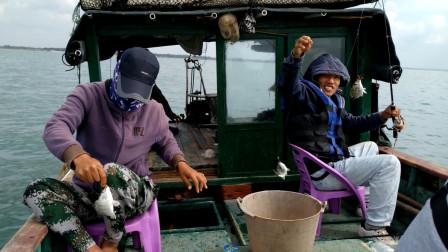 广东湛江户外海钓,沙丁鱼 黑雕又多又大,钓完一条接着一条,太过瘾了