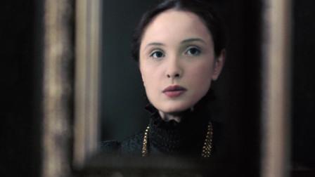 女伯爵:女仆人劝伊丽莎白停止用血液洗脸,却被伊丽莎白赶走