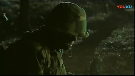《士兵突击》史今中弹被淘汰,许三多伤心哭出眼泪,宝强最后的话有意思!