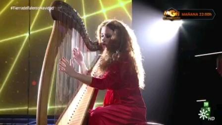 """Ana Crismán竖琴演奏Soleá por bulería (西班牙Canal Sur电视台 """"Tierra de talento"""" 节目)"""